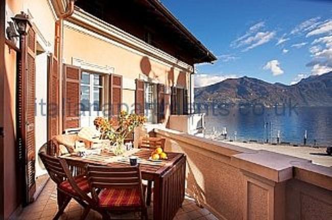 Apartamento Centro Menaggio con 3 balcone in Menaggio