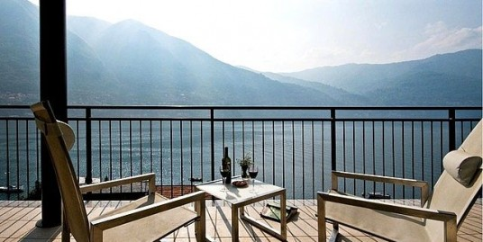 Penthouse Apartment With Panoramic Lake View, Shared Pool