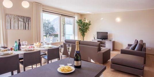 """Ossuccio Grande apartment """"B"""" Stylish family home located in sunny Ossuccio."""
