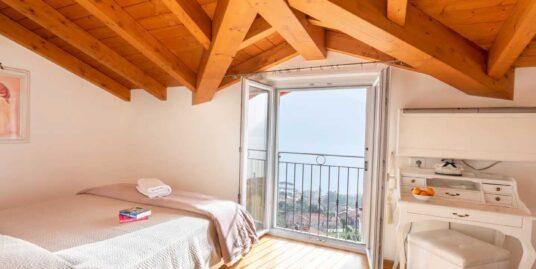 Apartment Mastena Elegante